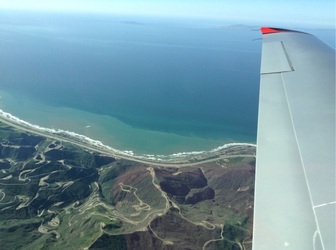 Landschaftsmalerei - mit der Cirrus SR22 T auf dem Weg nach San Francisco