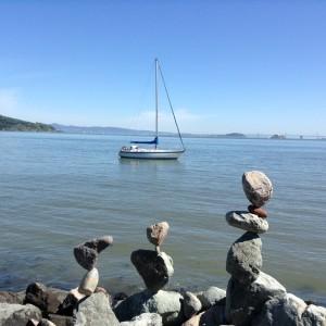 So geht Statik: Steinkunst in der Bucht von Sausalito
