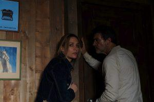"Piper Perabo und Antonio Banderas, exclusive still from set of ""Black Butterfly"""