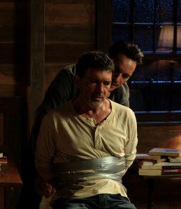 """Exklusiv-Foto Dreharbeiten """"Black Butterfly"""" - Jonathan Rhys-Meyers und der gefesselte Antonio Banderas"""