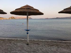 Der Strand vis à vis des Ristorante Terza Spiaggi