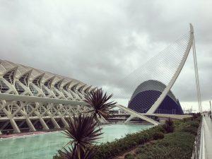 Velancia: El Pont de l'Assut de l'Or und das Museu de les Ciències Príncipe