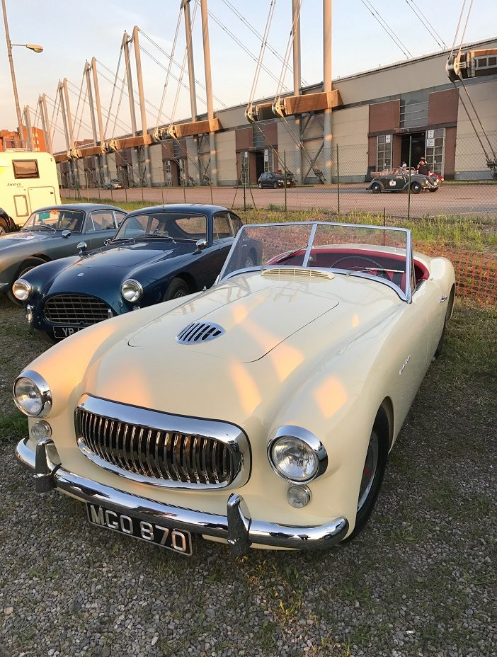 Nash-Healey Sports 3850 cc Spider in Beige