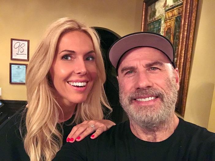 Alexandra Klim und John Travolta am Set von Trading Paint