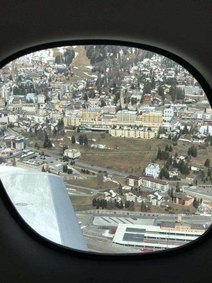 Blick aus der Cirrus Vision SF50 auf St. Moritz