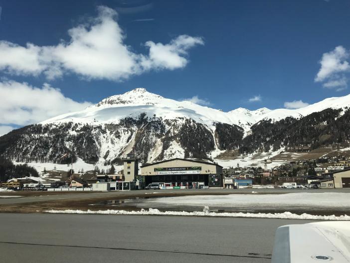 Landung St. Moritz mit der Cirrus Vision SF50