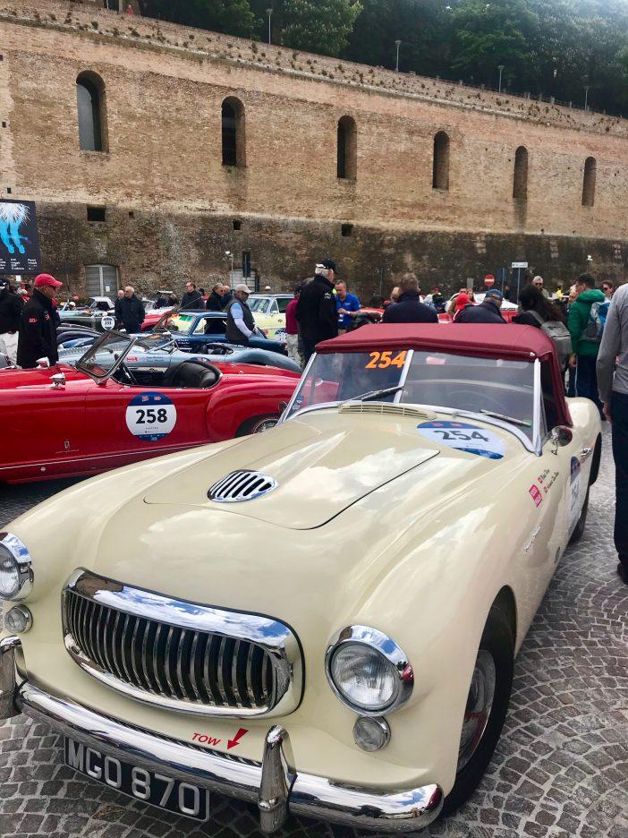 Alexandra Klims Nash Healey Sports 3.8 auf der Mille Miglia 2019